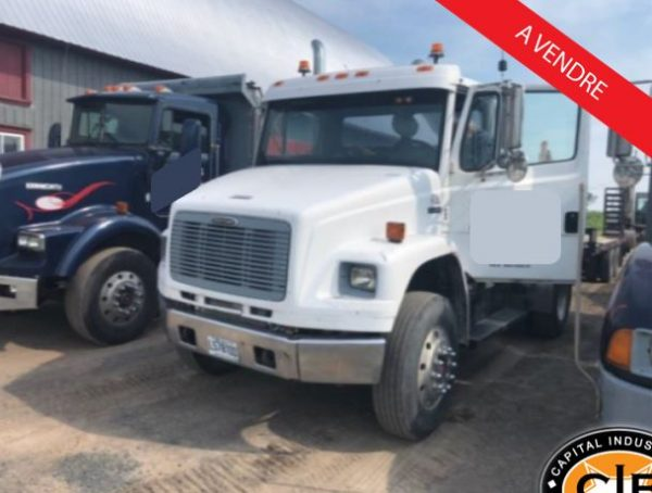 camion freightliner 6 roues